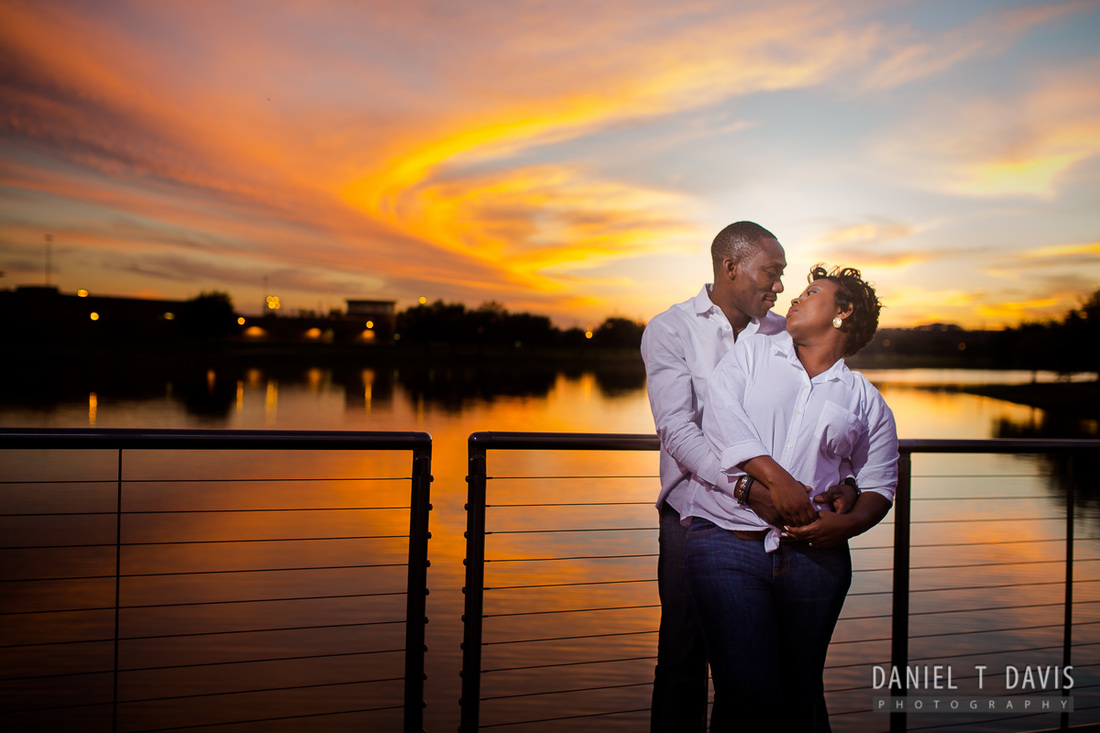 Sunset Engagement Photos in Sugarland Texas