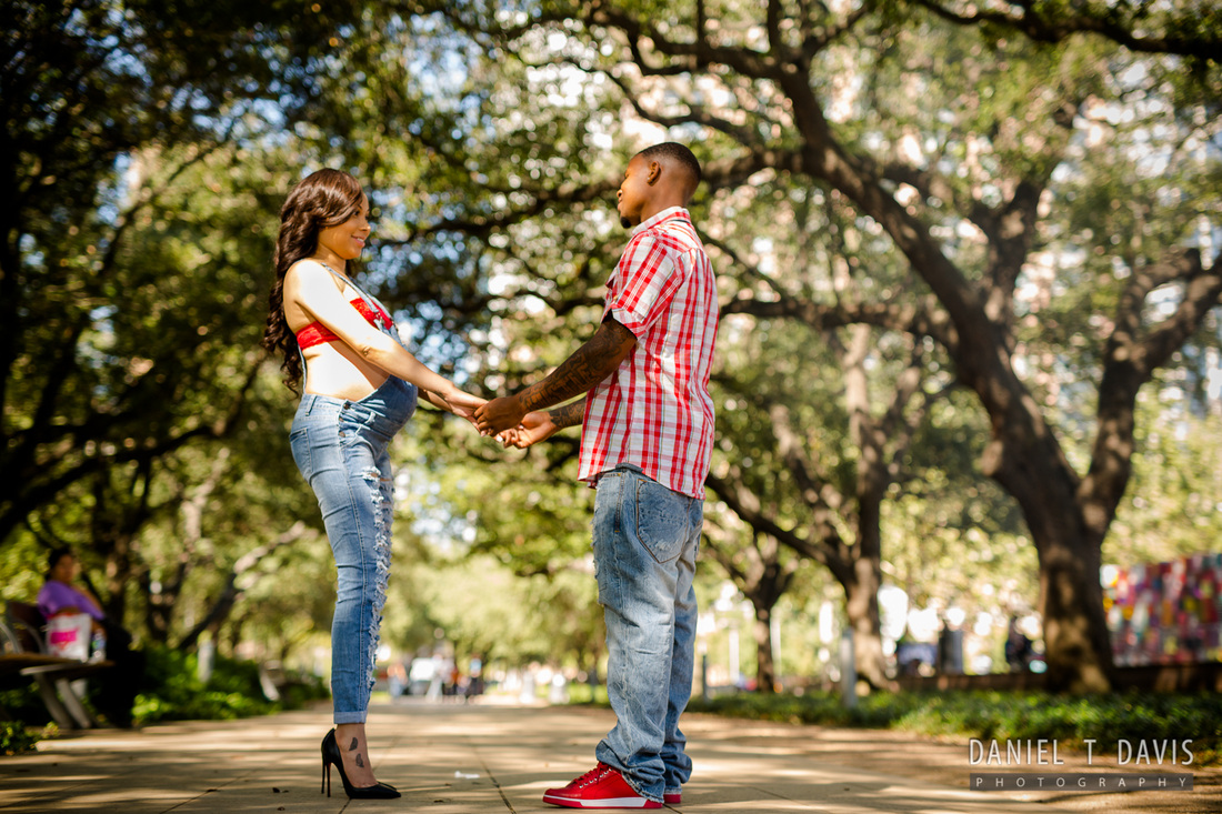 Downtown Houston Maternity Photos