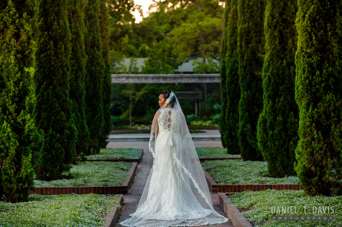 Luxury Houston Wedding Photographers